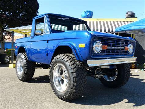 Classic car parts swap meet for sale vintage car parts jpg 736x552