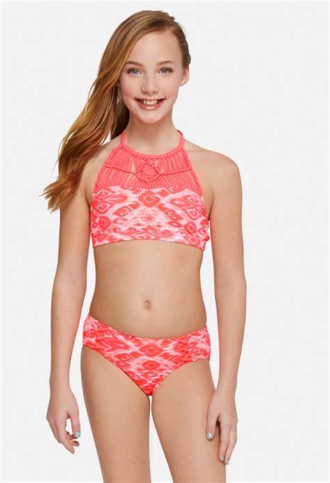 bikini smaurai png 938x1374