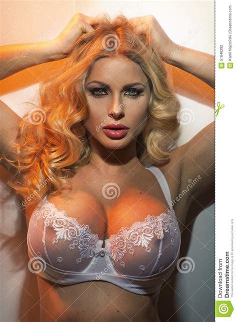 Naked women, hot nude women, sexy young women erotic photo jpg 957x1300
